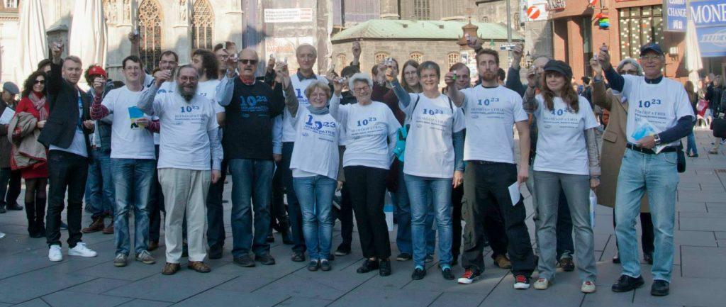 Homöopathie-Aktion vorm Stephansdom in Wien